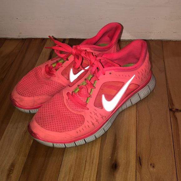 Hot punch pink Nike free run 3.0